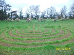 Rollright Stones, turf labyrinth, photo by DK